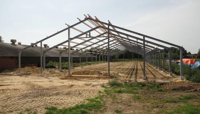 Nieuwbouw pluimveestal